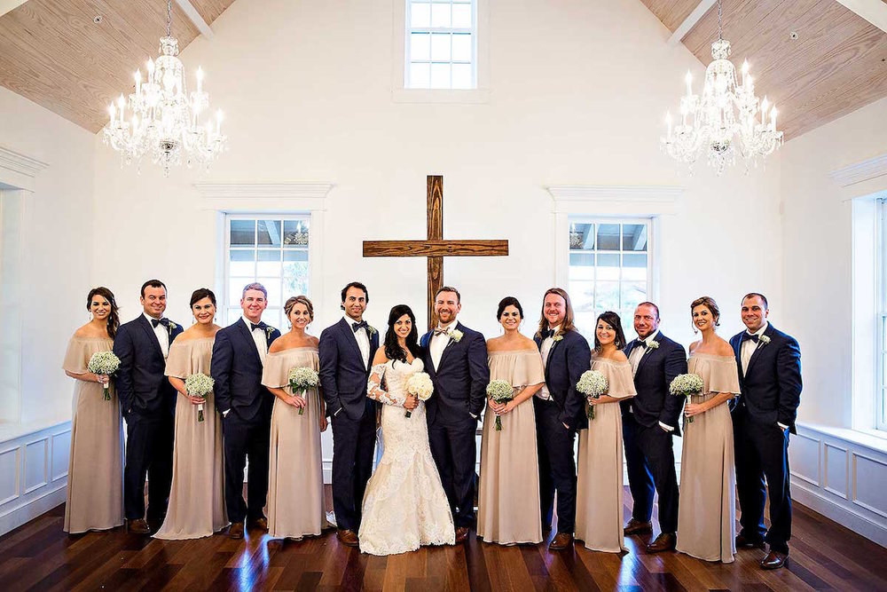 planning-wedding-on-budget-bridal-party.jpg