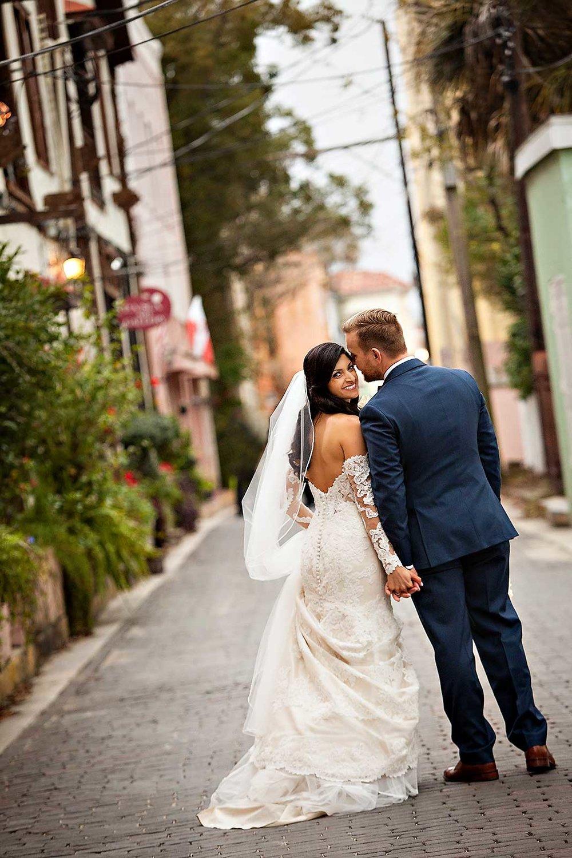 planning-wedding-on-budget-bride-groom-2.jpg