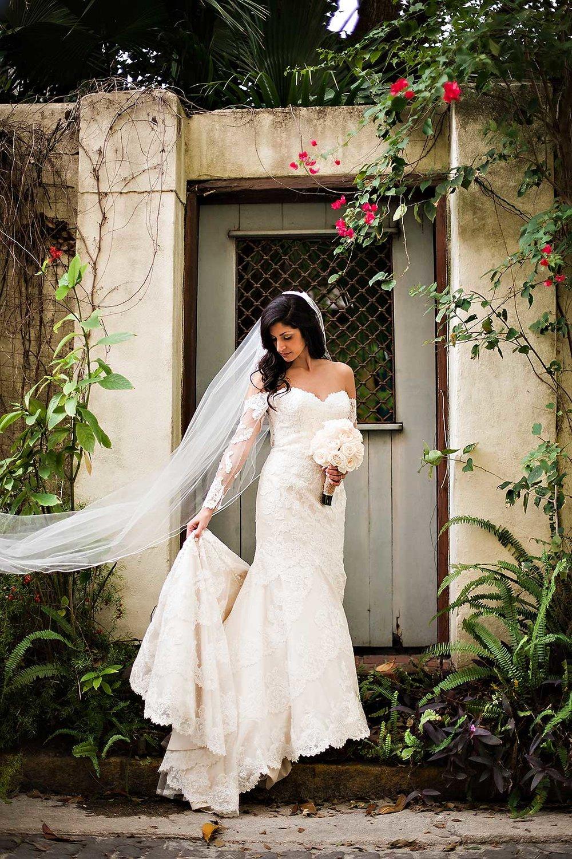 planning-wedding-on-budget-bride-veil-2.jpg