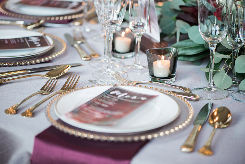 Luxurious and romantic vintage wedding tablescape inspiration in an urban venue — photo by Marianne Blackham Photography — as seen on www.BrendasWeddingBlog.com