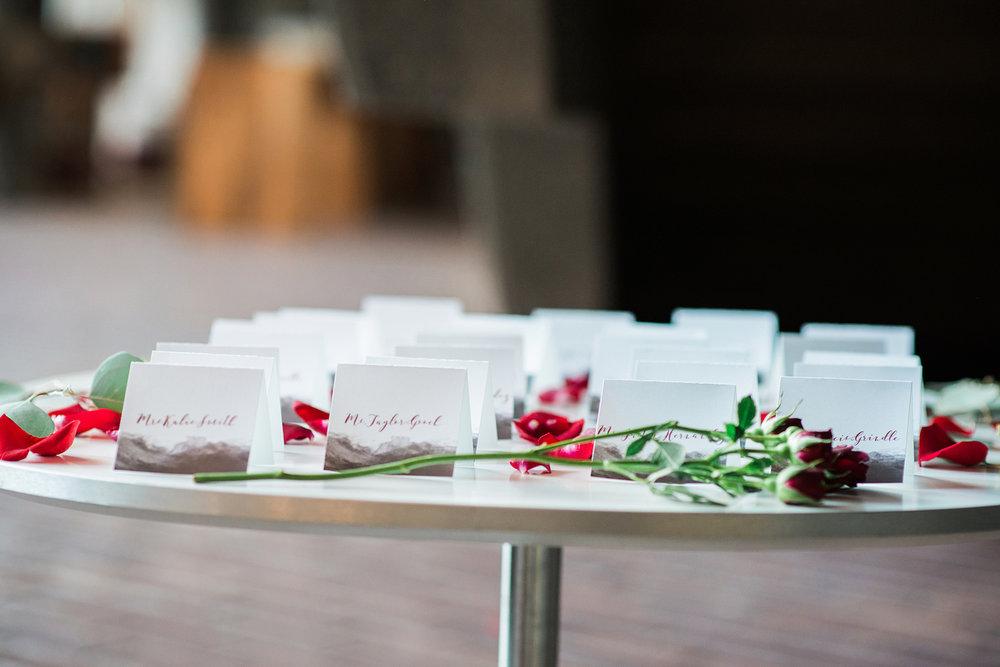 romantic-vintage-wedding-urban-venue-escort-cards.jpg
