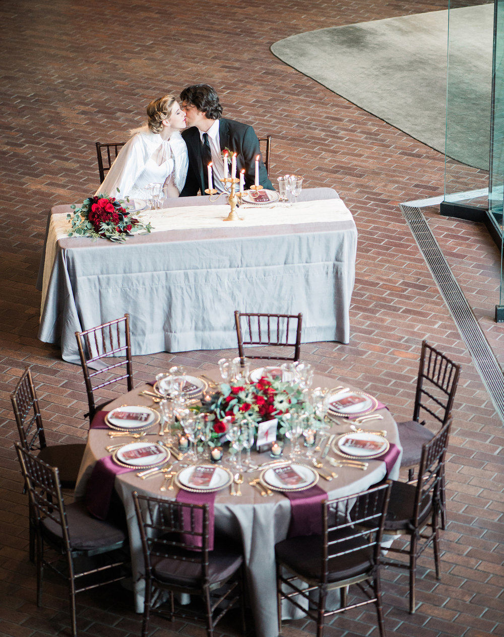Luxurious and romantic vintage wedding inspiration in an urban venue — photo by Marianne Blackham Photography — as seen on www.BrendasWeddingBlog.com