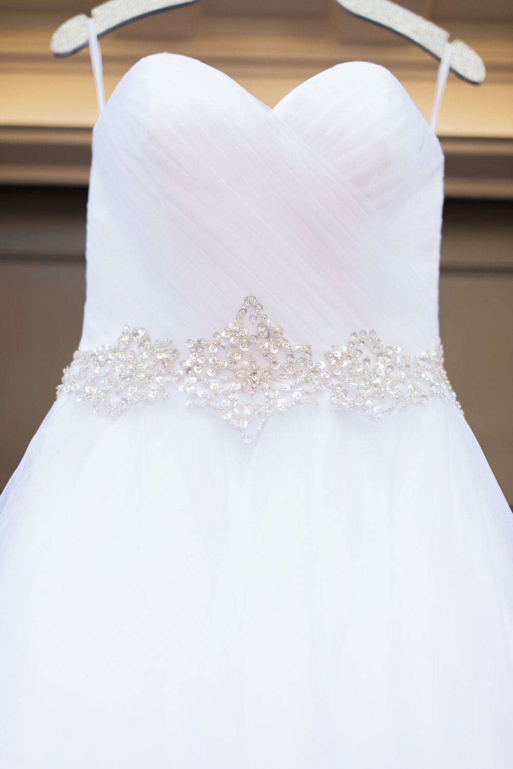 romantic-vintage-wedding-urban-venue-wedding-gown-detail.jpg