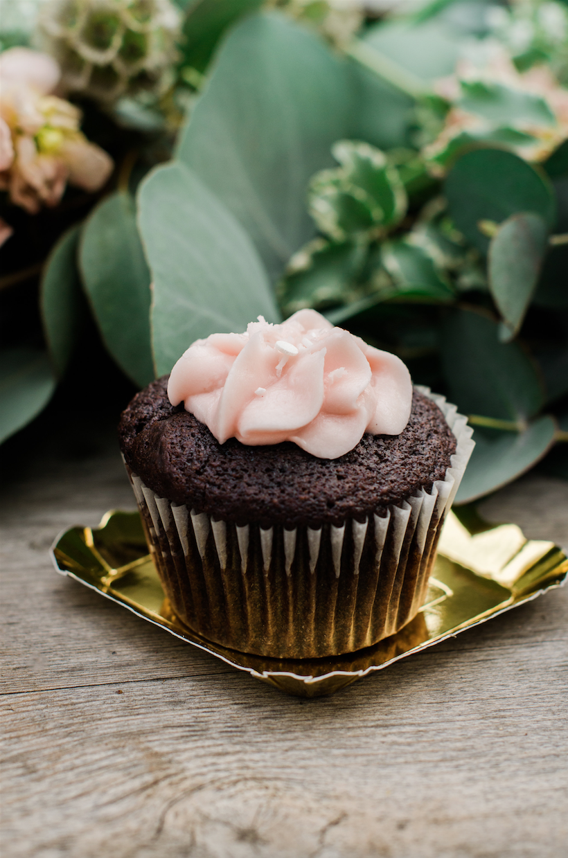 Simple Frosting Atop A Cupcake Presented On Mini Gold Plate Click To See 8