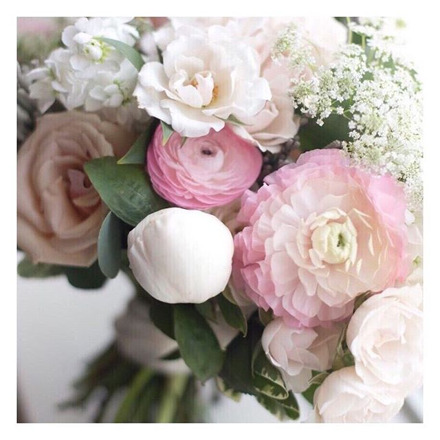 Isn't this #PrettyPink (pastel style) #WeddingBouquet from a @mwsandevents #RealWedding so super pretty? 🌸 - @academyflorist 📷 - @amarie_weddings
