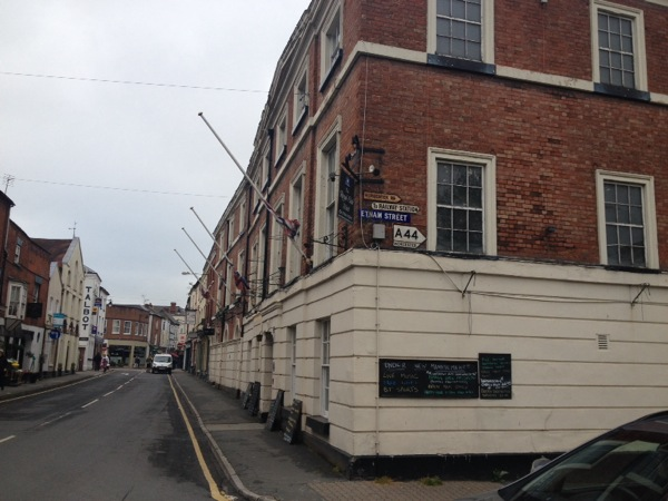 The Royal Oak Hotel - Leominster. A classic pub with a comfortable lumpy bed.