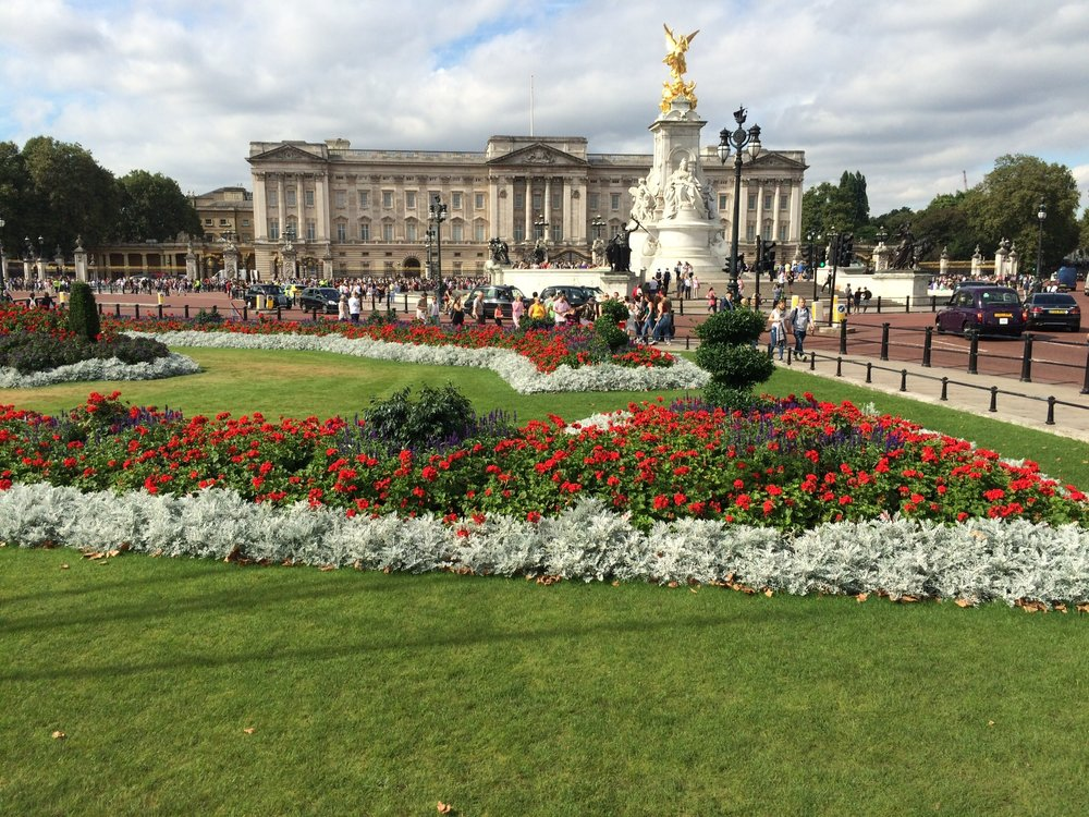 A visit to see the Queen at Buckingham Palace