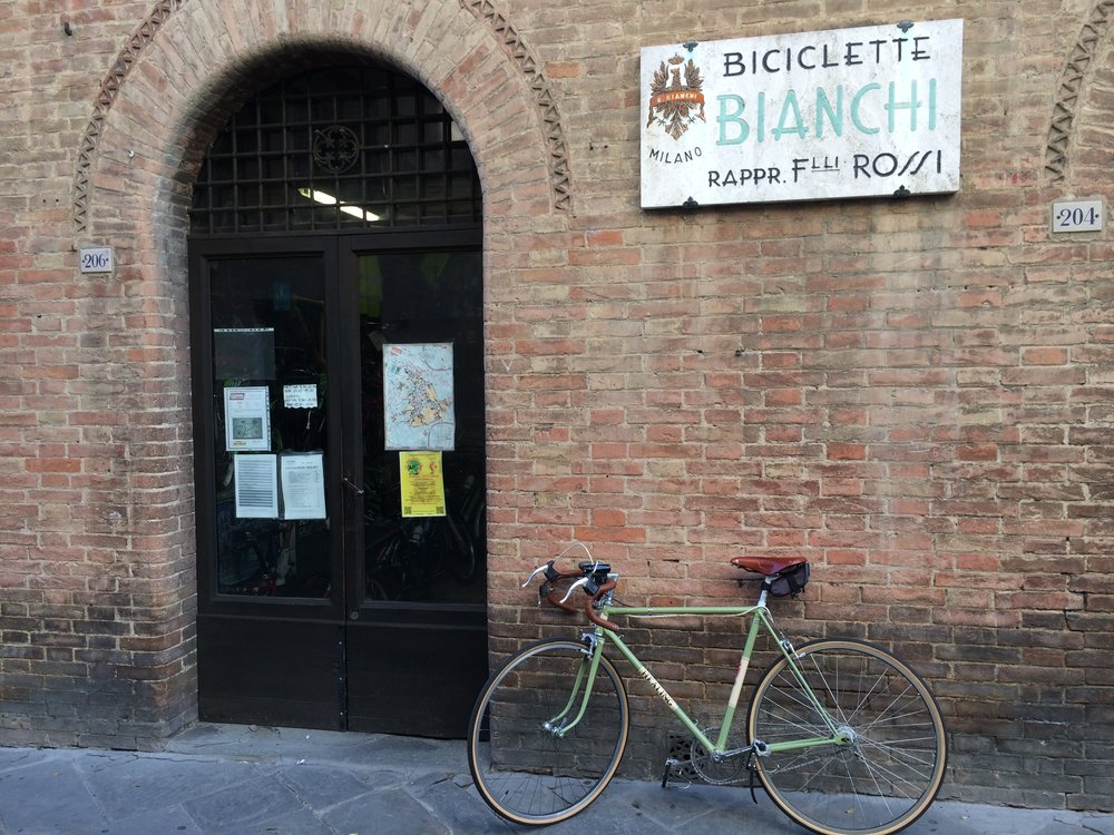 Helpful Siena Bicycle Shop