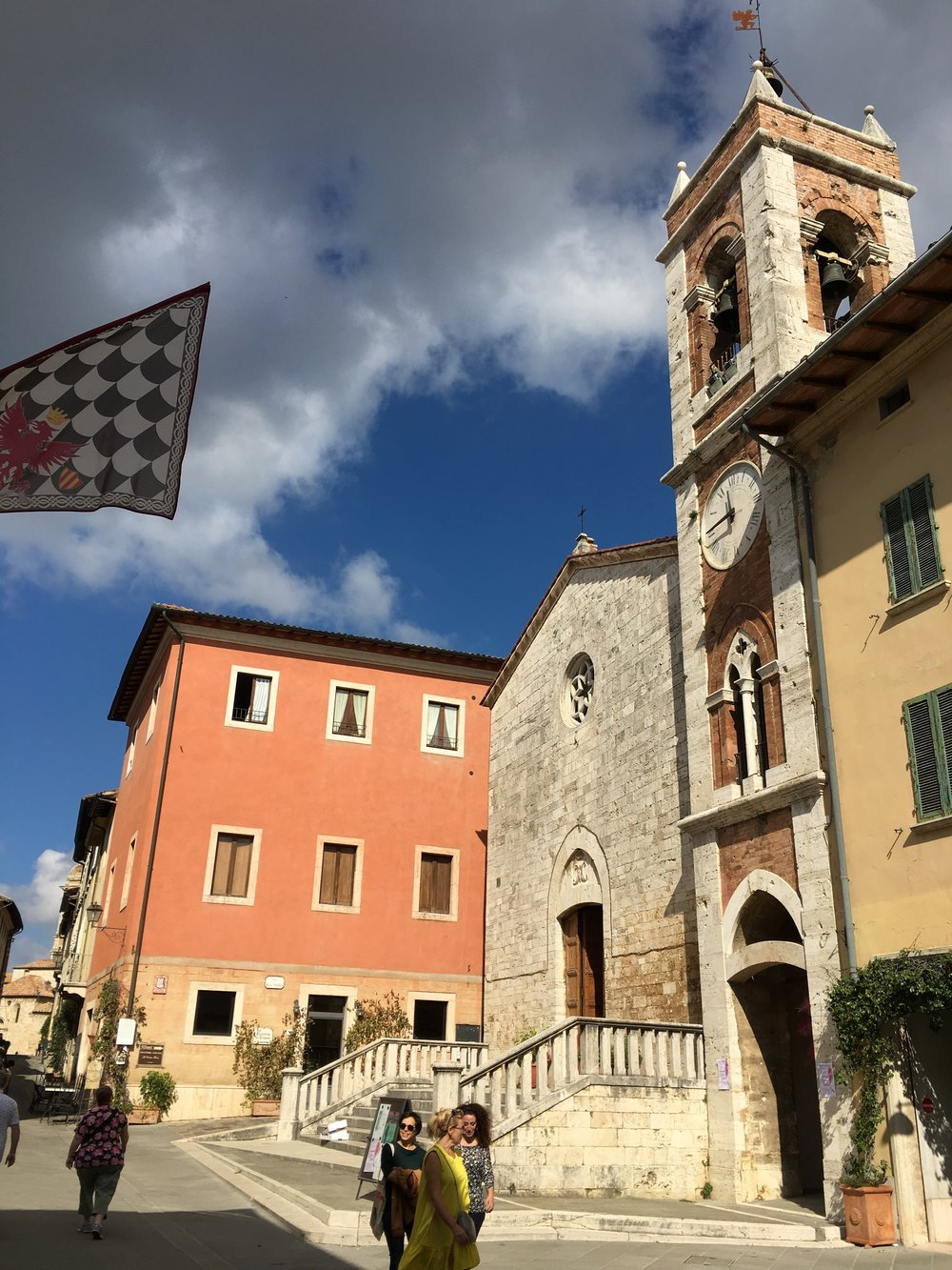 San Quirico d'Orcia- town square and markets
