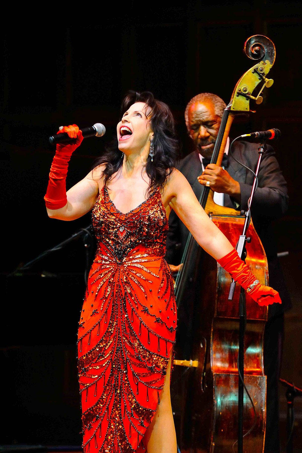 Julie Jules, featured vocalist in Salute to Satchmo!
