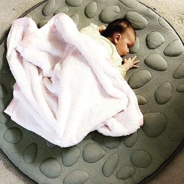 Yep, it's that comfortable. And more.. Get the LilyPad for your little love at The Nursery Bird. Gorgeous image courtesy of: @alexandra_torres2490