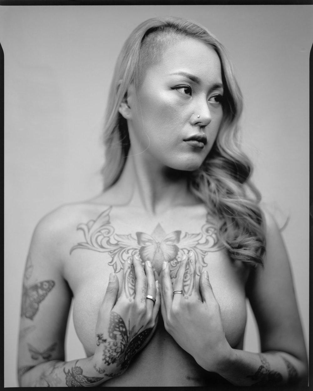 tattooist-korea-810057.jpg