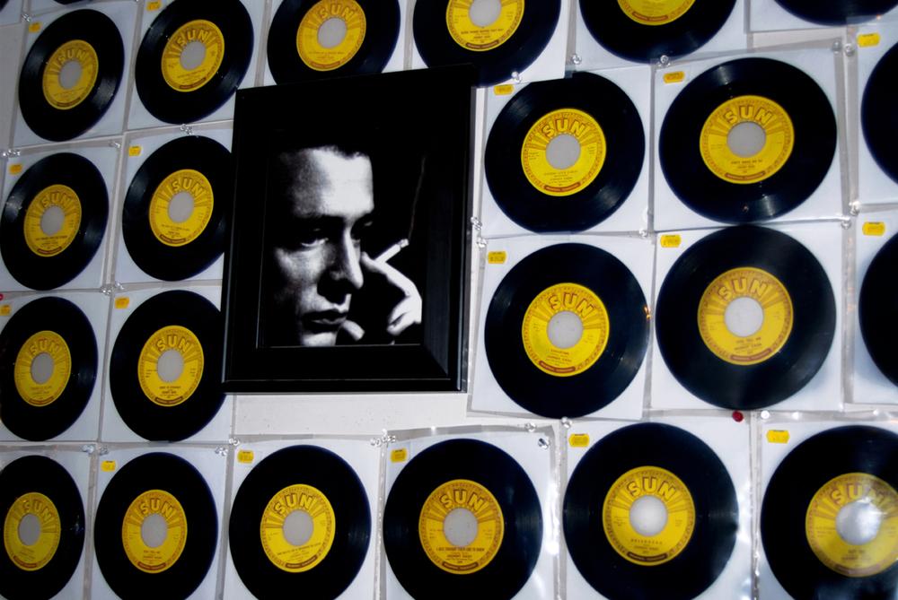 Johnny — Memphis