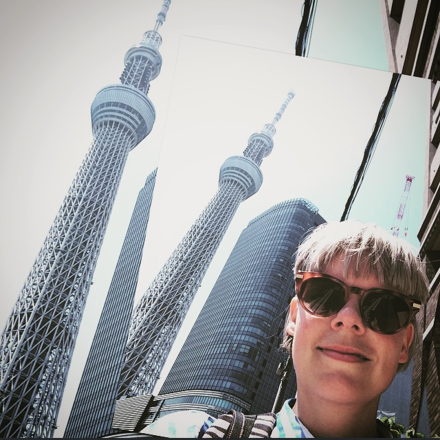 photo-bombed by the tokyo skytree
