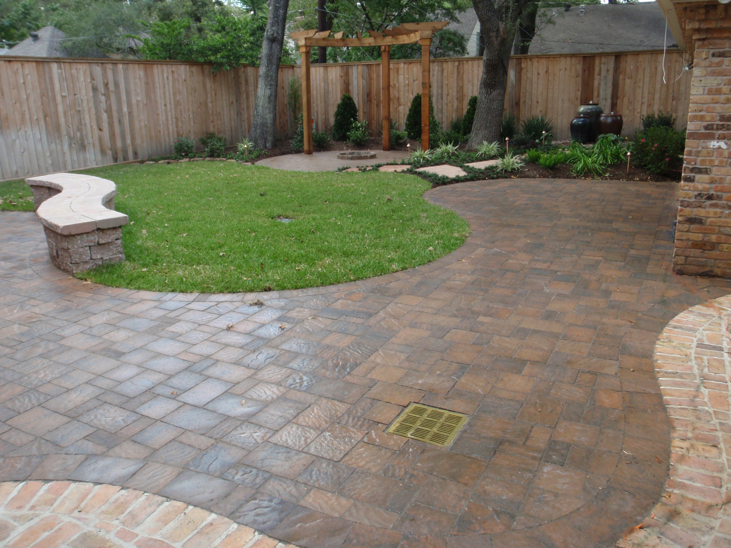 Belgard paver styles new patio inc for Belgard urbana pavers