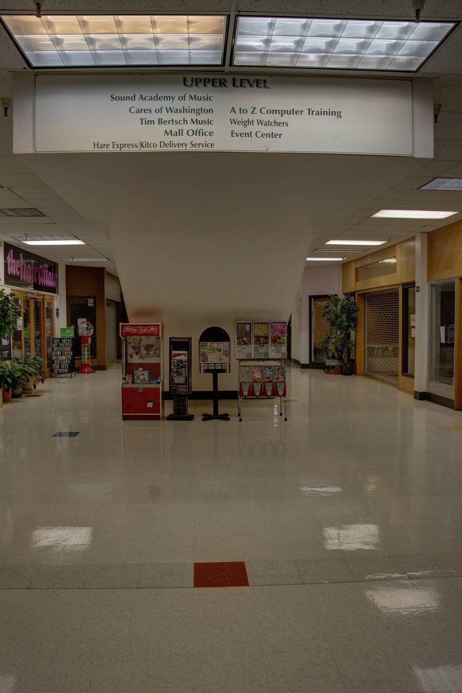 mall60_1_2_Interior.jpg