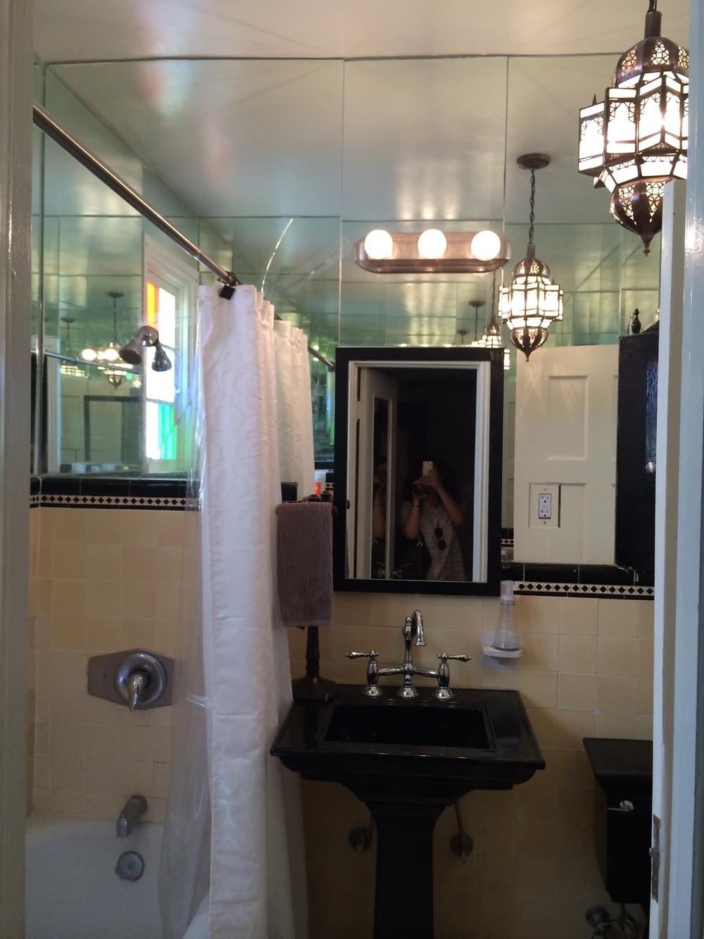 > Near identical bathroom, in similar unit