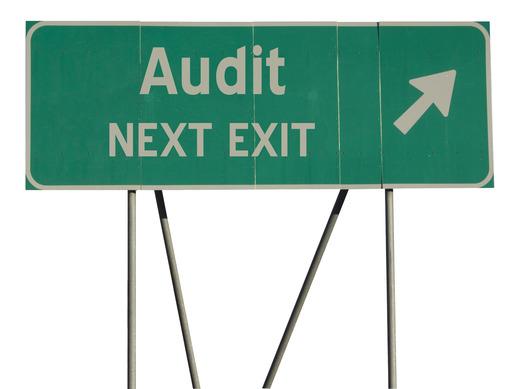 photodune-4674367-green-road-sign-audit-xs.jpg