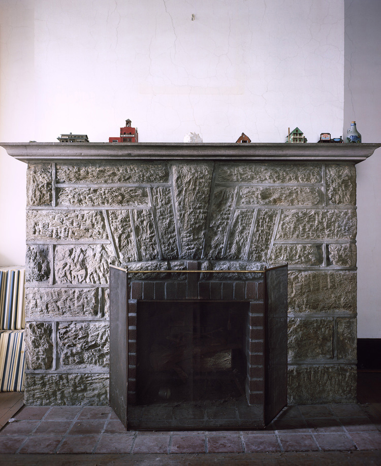 fireplacegoodcrop-Reecovered-Recovered.jpg