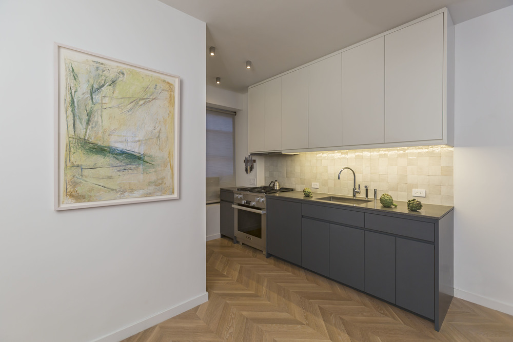 1326 MadisonAve 02_kitchen.jpg
