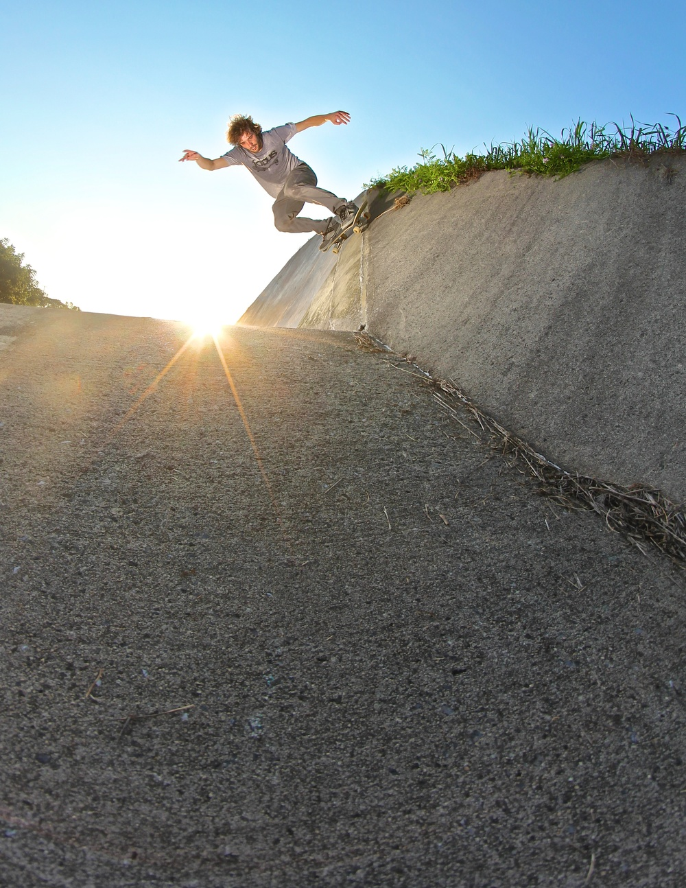 @rath610 Matt Rathman - Wallride into Bank.jpg