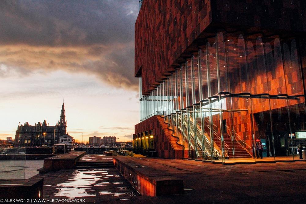 Antwerp - Glass.jpg