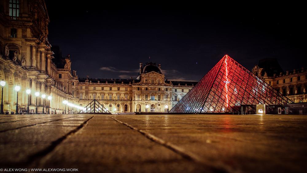 Paris - Louvre Museum 002.jpg