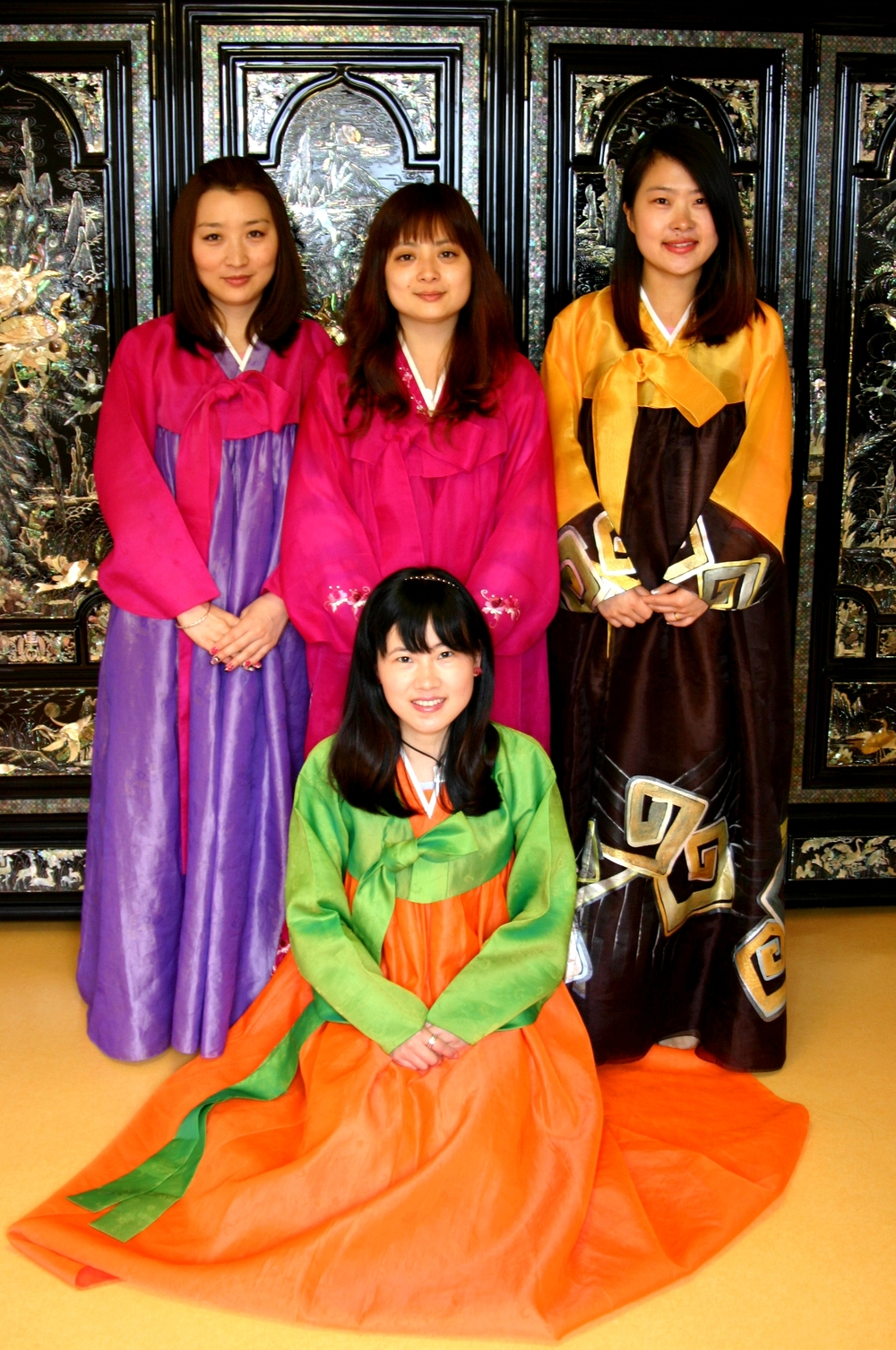our hotel  guest experience the Hanbok,they are very happy.Do you want to have a try??