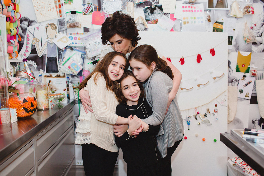 Darcy Miller with her Daughters, Pippa, Daisy, and Ella