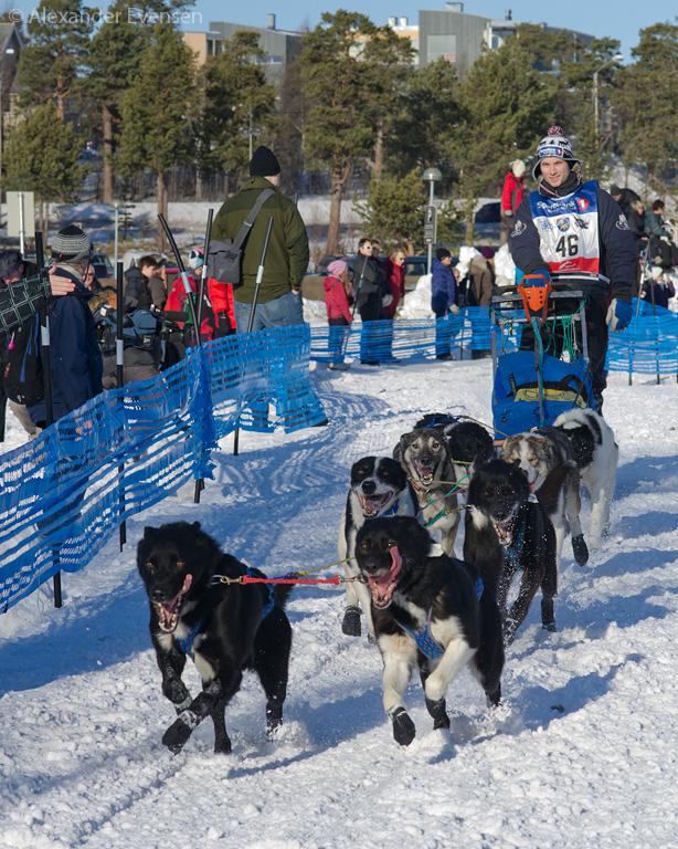 Sean Rebbene Næss starting Finnmarksløpet 2012 - 500 km