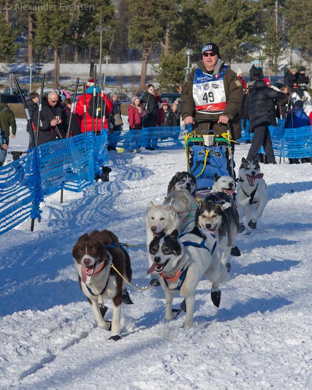 Rolf-Helge Ellingsen starting Finnmarksløpet 2012 - 500 km