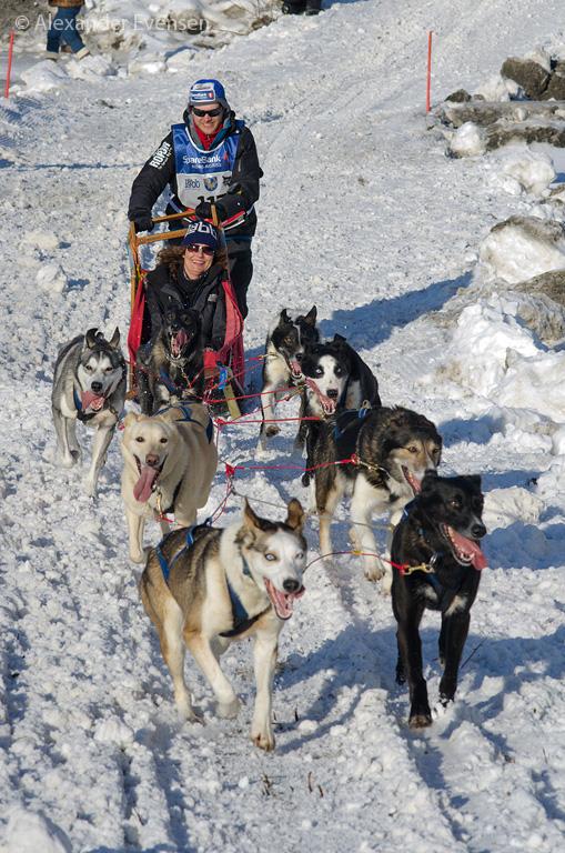 Petter Karlsson starting Finnmarksløpet 2012 - 1000 km