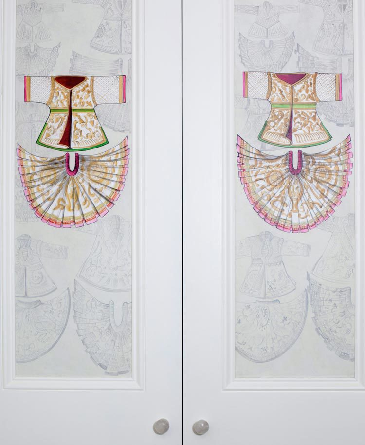 Hand-painted-wardrobes.jpg