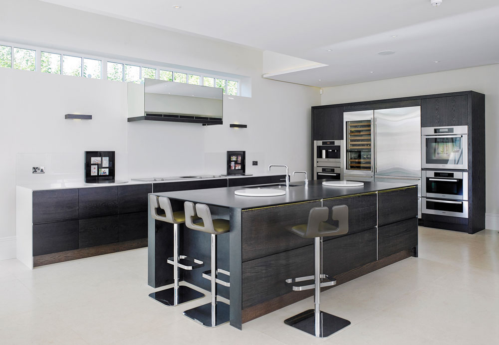Painted-modern-kitchen.jpg