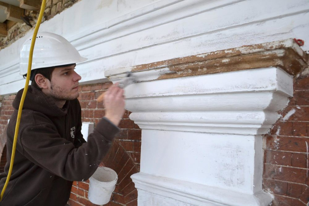 Painting-of-exterior-pillar.jpg
