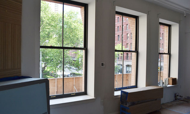 NewYork-apartment-windows.jpg