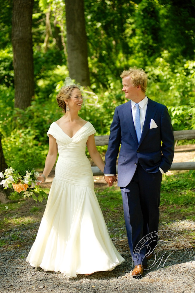 A classic and elegant wedding at Monmouth Hills Country Club in Middletown, NJ. This wedding was photographed by Julia Wagner and features classic bridal portraits and artistic photojournalism.