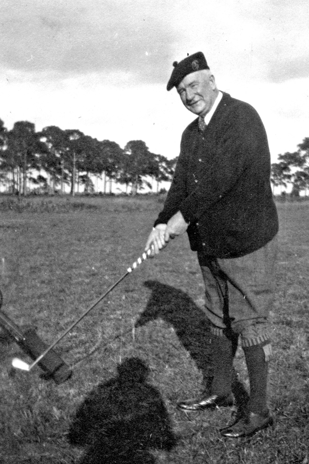 Colonel  John Hamilton Gillespie  about to tee off in Sarasota. Courtesy of Sarasota Historic Resources.