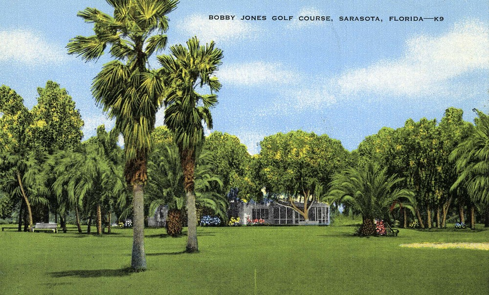 VINTAGE POSTCARD Bobby Jones Golf Club, Sarasota Florida.