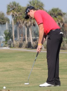 Adam Schenk watches his $4,000 putt roll toward the cup. Tom Balog Photo Courtesy Sarasota Herald-Tribune