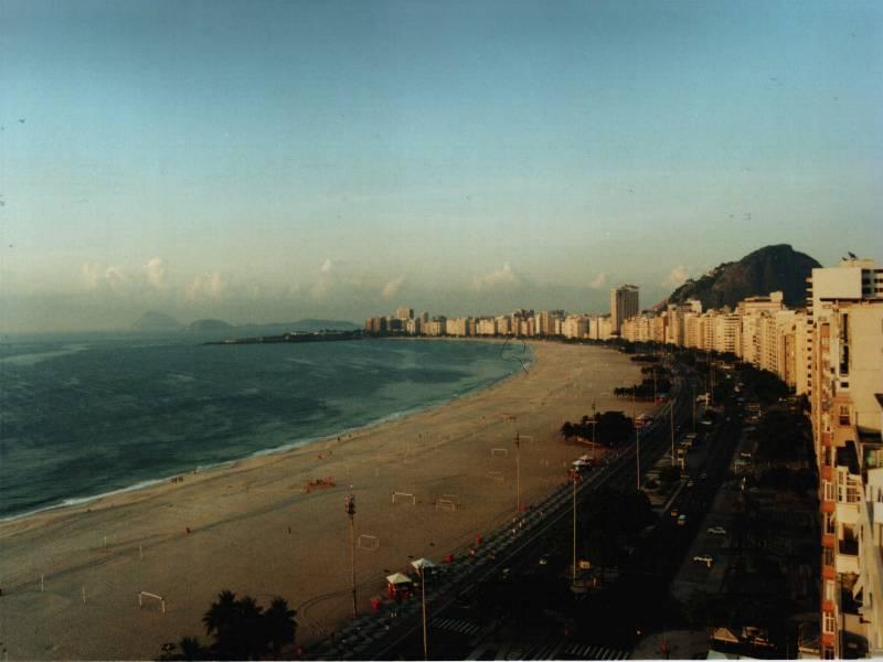 697-praiadecopacabana60.jpg