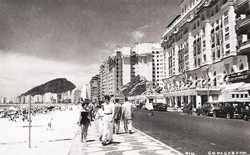 praia-de-copacabana-anos-1950.jpg