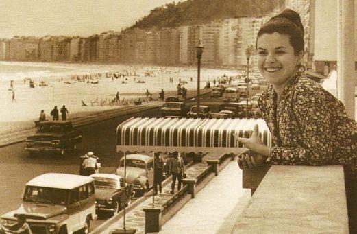ElisReginaCopacabana.jpg
