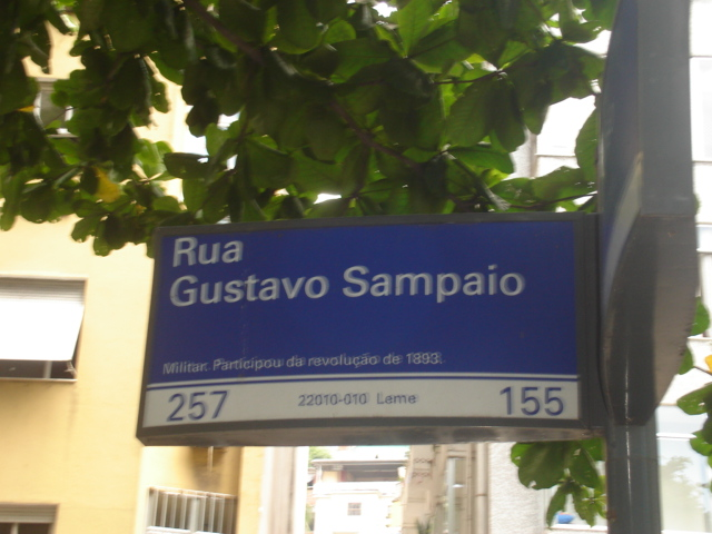 Placa da Rua Gustavo Sampaio