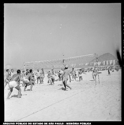 Esporte na praia de Copacabana