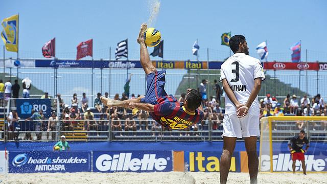 Barcelona no Mundialito de Clubes de futebol de areia em Copacabana