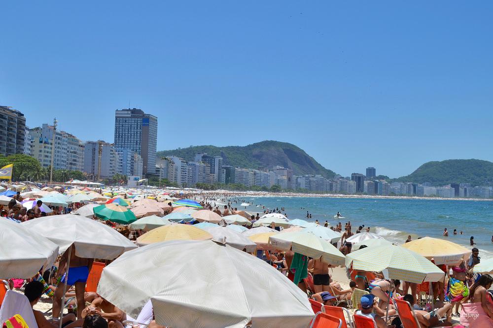 Praia de Copacabana em novembro