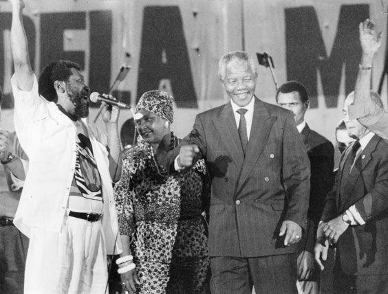 Nelson e Winnie Mandela entre Martinho da Vila e Leonel Brizola em 1991