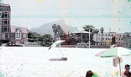 Praia em frente a Rua Leblon em 1962