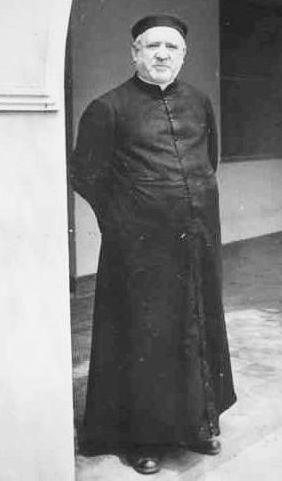 Padre José Achotegui